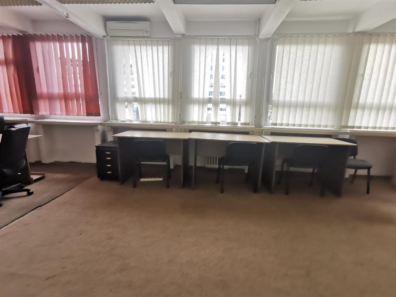 Inchiriere Spatiu birouri 36mp - zona Centrala str Republicii