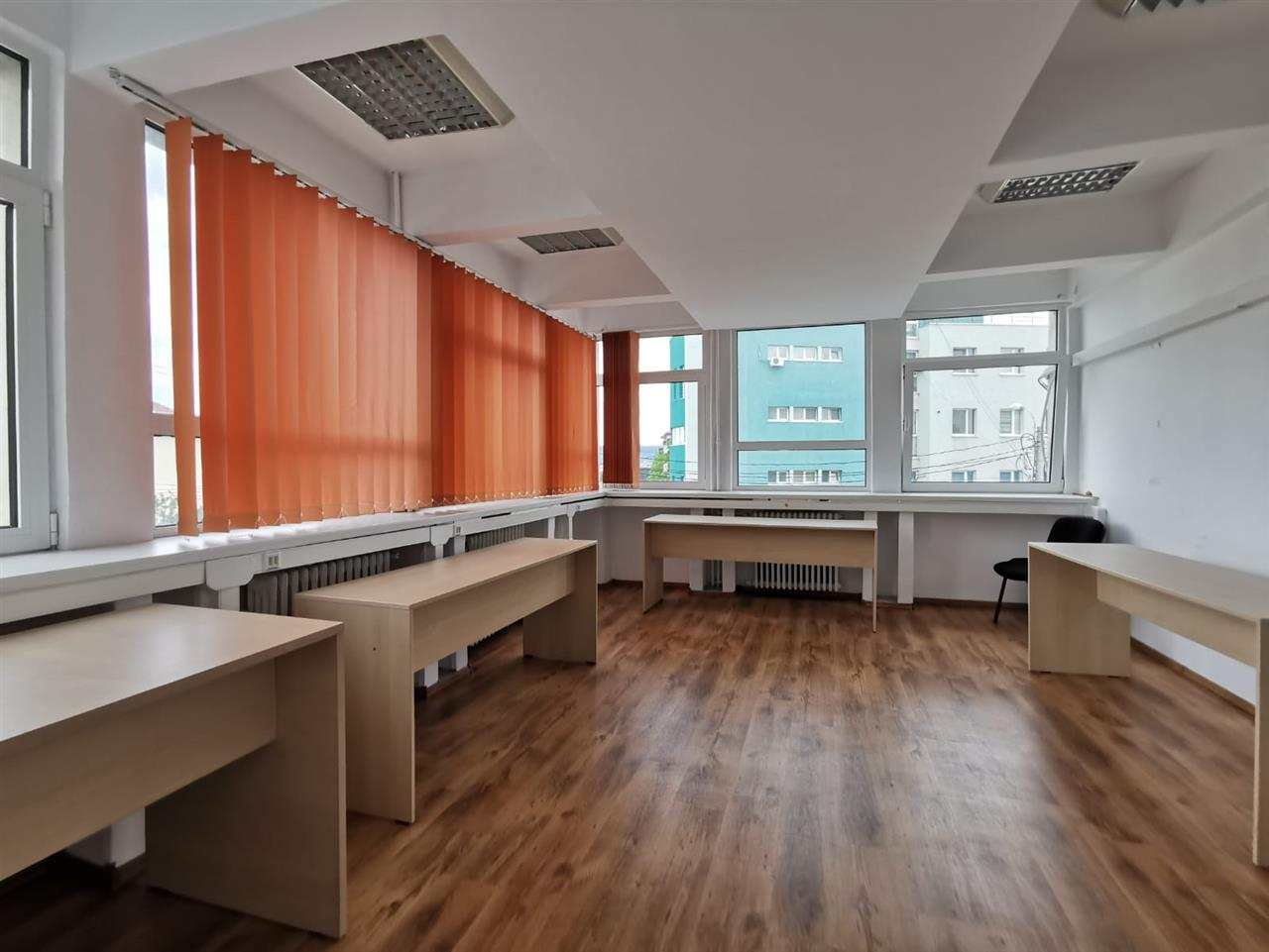 Inchiriere Spatiu birouri 25mp - zona Centrala str Republicii